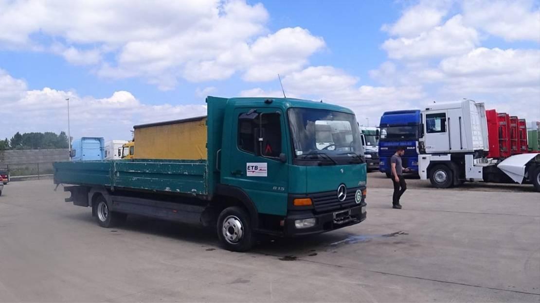 platform vrachtwagen Mercedes-Benz Atego 815 (MANUAL GEARBOX & STEEL SUSPENSION / BOITE MANUELLE & SUSPENSION LAMES) 2000