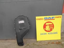Elektra vrachtwagen onderdeel DAF XF 106 MASKOWNICA OSŁONA ABDECKUNG 2014