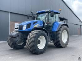 standaard tractor landbouw New Holland TVT 170 2005