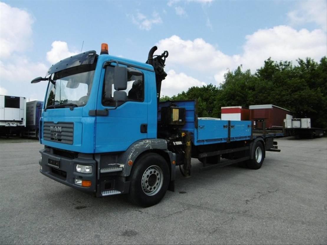 platform vrachtwagen MAN 06.2021 18.280 Kran 10,25m/840kg Pritsche 2007
