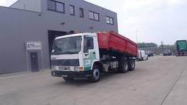 kipper vrachtwagen > 7.5 t Volvo FL 7 - 260  (STEEL SUSPENSION / 6X4 / 10 TIRES / MANUAL PUMP  / MANUAL GEARBOX / EURO 2) 1995