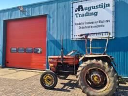 standaard tractor landbouw Fiat 480-8 1979