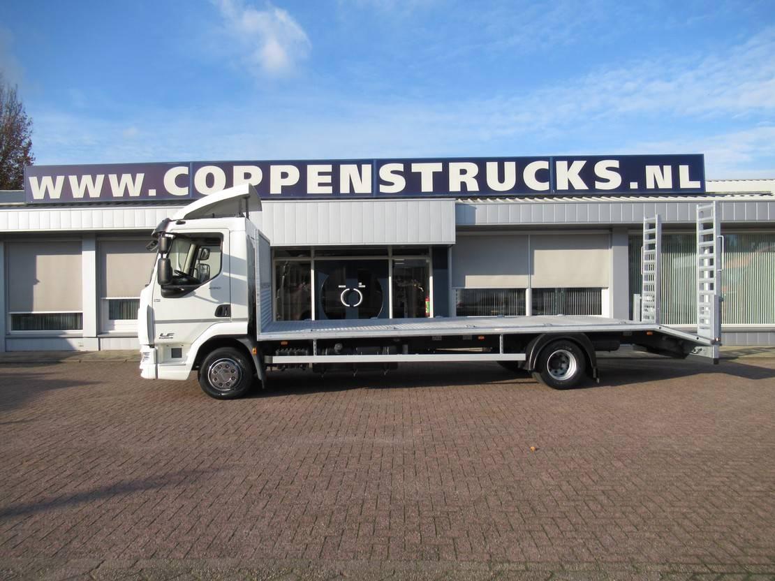 autotransporter vrachtwagen DAF 250 Oprijvrachtwagen 6 cilinder motor Euro 6 2014