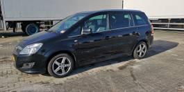 mpv auto Opel 1.8 2011