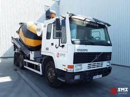 betonmixer vrachtwagen Volvo FL10 320 lames manual pump 1996