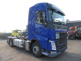 standaard trekker Volvo FH 6x2 2013