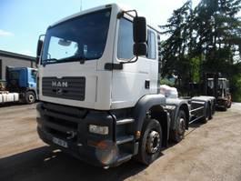 chassis cabine vrachtwagen MAN TGA 35 8 x 4 2006