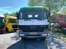 betonmixer vrachtwagen Mercedes-Benz 3235 2001
