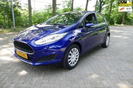 hatchback auto Ford 1.25 airco cruise control 2017
