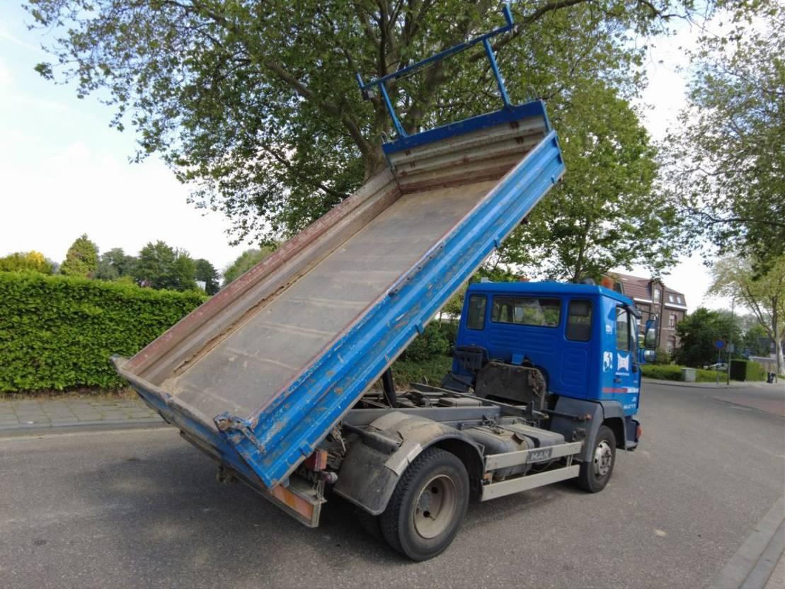 driezijdige kipper vrachtwagen MAN 8.163 L2000 1996