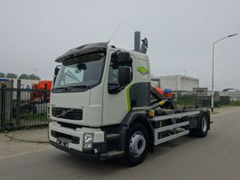 containersysteem vrachtwagen Volvo FL EURO 5 / HOOKSYSTEM / LOW KM / KEURING / TUV / PERFECT CONDITION !! 2012