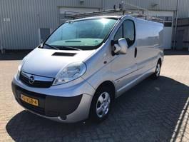gesloten bestelwagen Opel vivaro l2h1 airco 2007