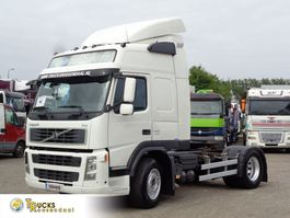 standaard trekker Volvo + Globetrotter + Spoilers 2007