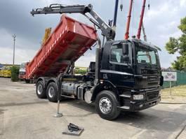 kipper vrachtwagen > 7.5 t DAF CF 85 6x4 KIPPER + KRAN HIAB 122 B-2 + RADIO - Bordmatic - 2 way Meiller tipper - manual ZF - good tires 2002