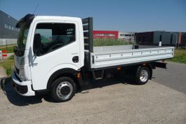 platform bedrijfswagen Renault Trucks 130.35/5 2.5 L2 3500 kg trekhaakgew 2009
