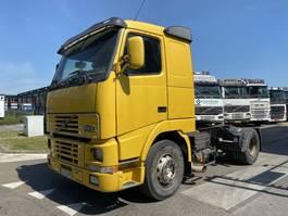 standaard trekker Volvo FH12 4X2 MANUAL 2000