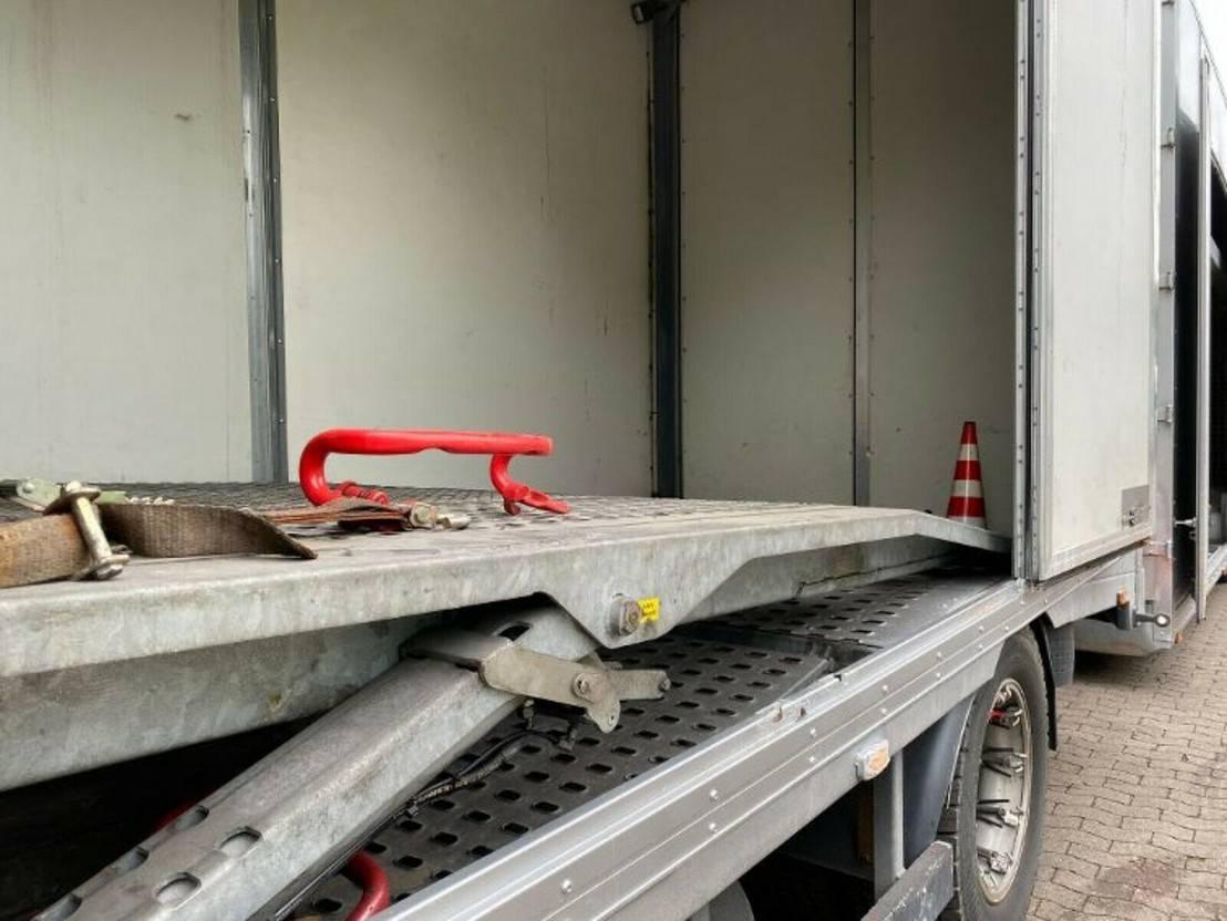 autotransporter vrachtwagen Mercedes-Benz 1844 Autotransporter Geschlossen mit Anhänger 2009