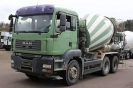 betonmixer vrachtwagen MAN TGA 26 /6X4 7m³ Trommel 2008