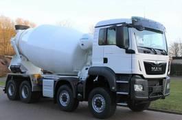 betonmixer vrachtwagen MAN 41.430 8x8/EuromixMTP EM 10m³