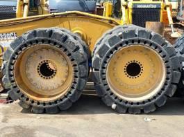 wiellader Caterpillar Vollgummireifen für CAT 950K / 950M 23,5 x 25