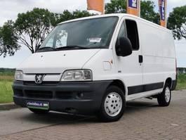 gesloten bestelwagen Peugeot 2006