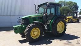 standaard tractor landbouw John Deere 5090M 2010