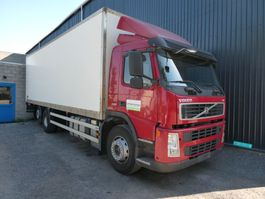 bakwagen vrachtwagen Volvo FM 6x2  520000 km 2010