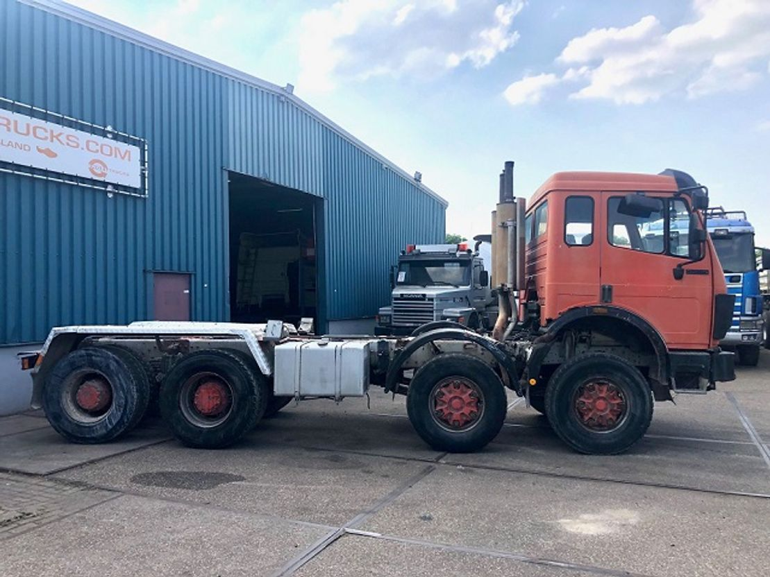 chassis cabine vrachtwagen Mercedes-Benz 3235K 8x4 FULL STEEL CHASSIS (MANUAL GEARBOX / REDUCTION AXLES / TELMA R... 1990