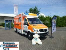ambulance bedrijfswagen Mercedes-Benz 519 RTW Fahrtec Koffer inkl. Tragestuhl 2012