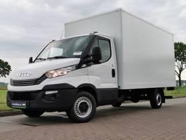 gesloten bestelwagen Iveco 35S16 bakwagen + laadklep 2018