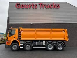 kipper vrachtwagen Iveco Trakker 450 8X8 KIPPER/TIPPER  EURO 6 2017