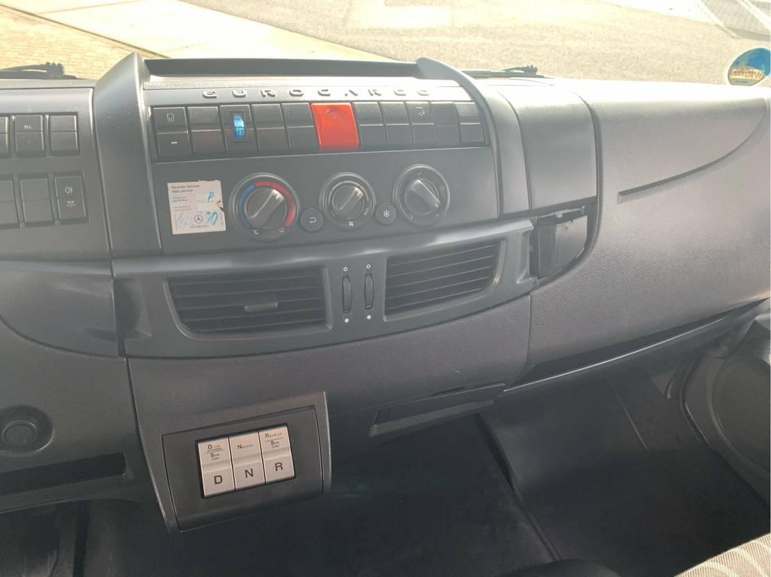 autotransporter vrachtwagen Iveco EuroCargo 75 75E18 EEV Automaat Airco Luchtveering Lier Auto Machine transport airco 2013