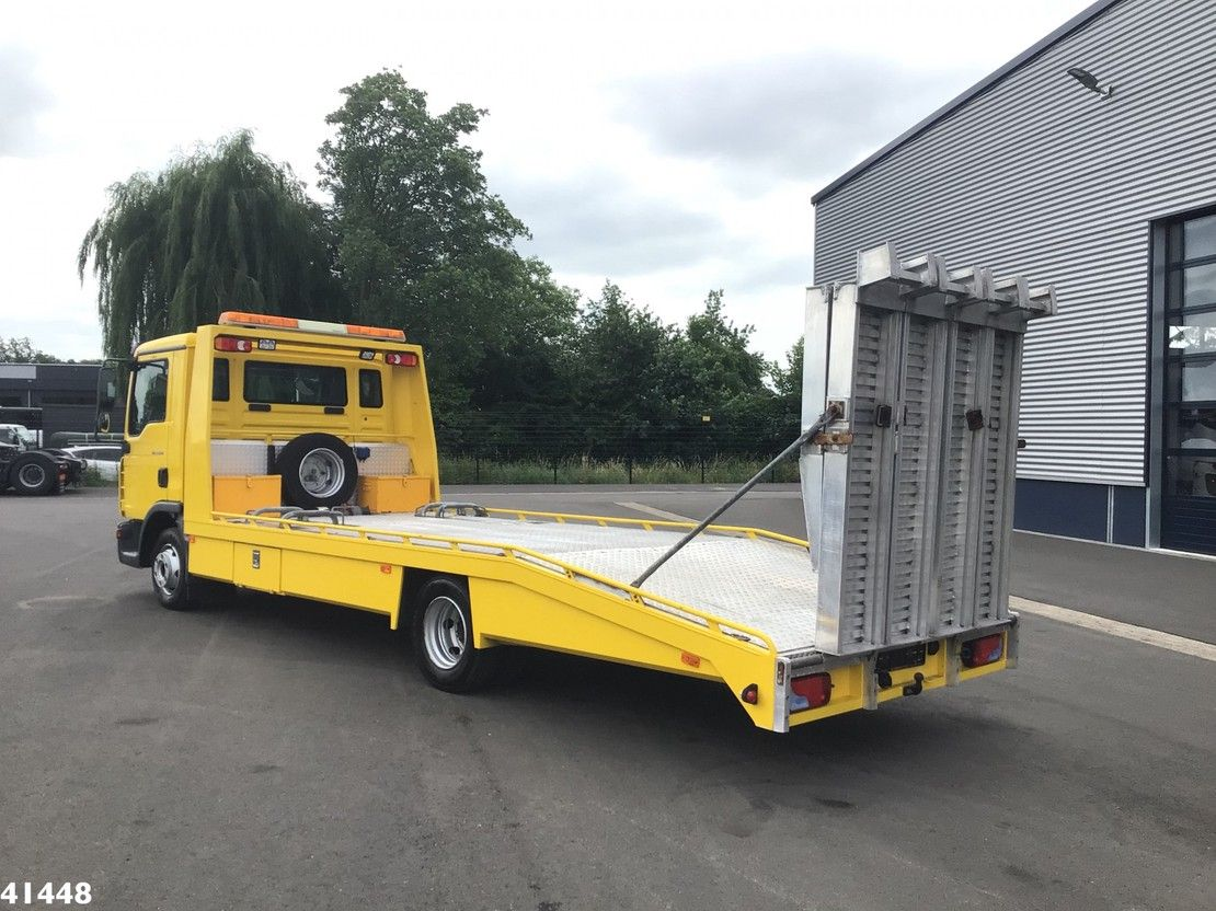 autotransporter vrachtwagen MAN TGL 7 Autotransporter met oprijplaten Just 23.754 km! 2010