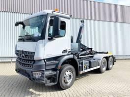 containersysteem vrachtwagen Mercedes-Benz Arocs 3342 K 6x4 Arocs 3342 K 6x4, Hiab Abroller 2020