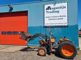 standaard tractor landbouw Kubota L 275 DT