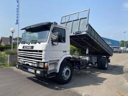 kipper vrachtwagen > 7.5 t Scania P93 250 STEEL SPRING KIPPER 1992