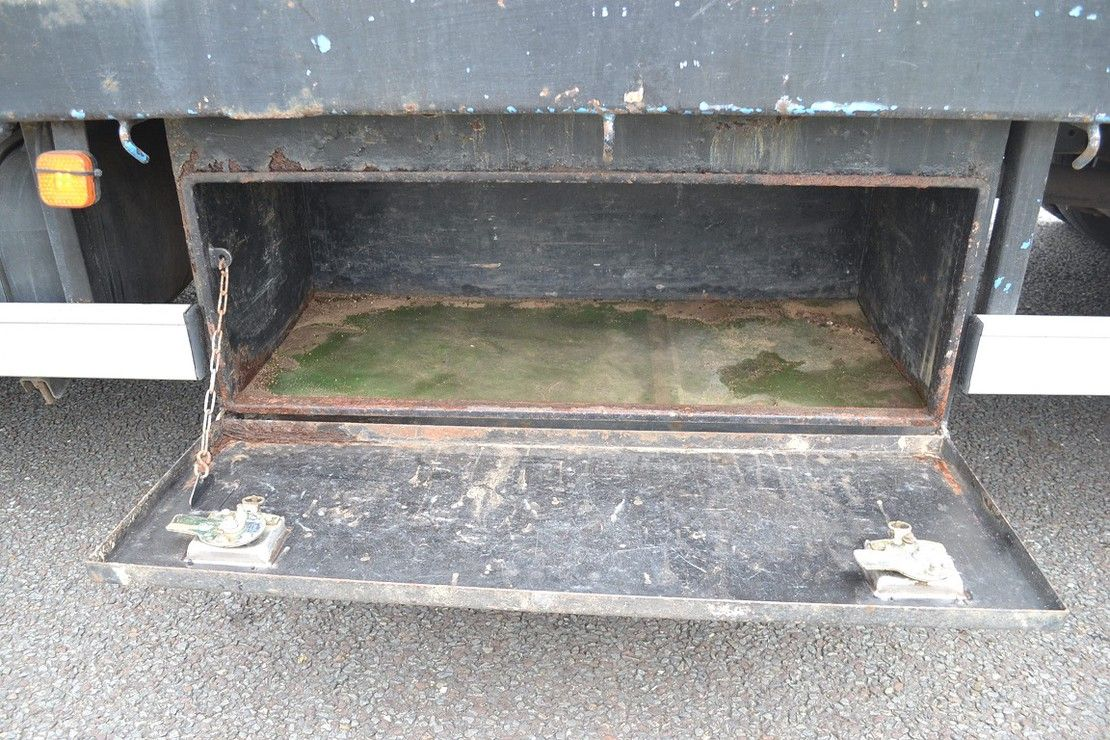 autotransporter vrachtwagen MAN L2000 Oprijwagen 8.153 2005