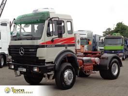 standaard trekker Mercedes-Benz 2038 V8 + Manual + Hydrolic system + Retarder + blad-blad + 4x4+top cond... 1996