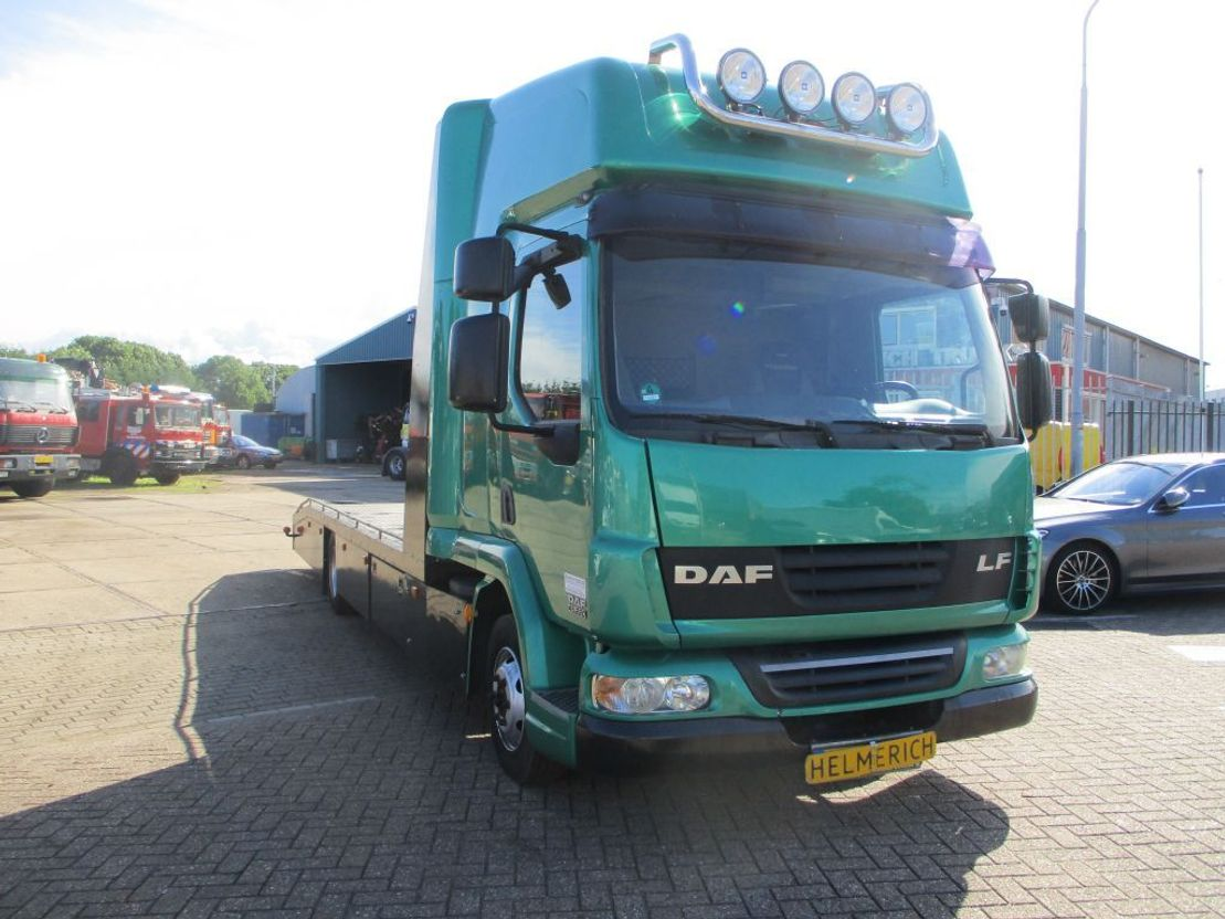 autotransporter vrachtwagen DAF 45 LF 220 EURO 4 2007