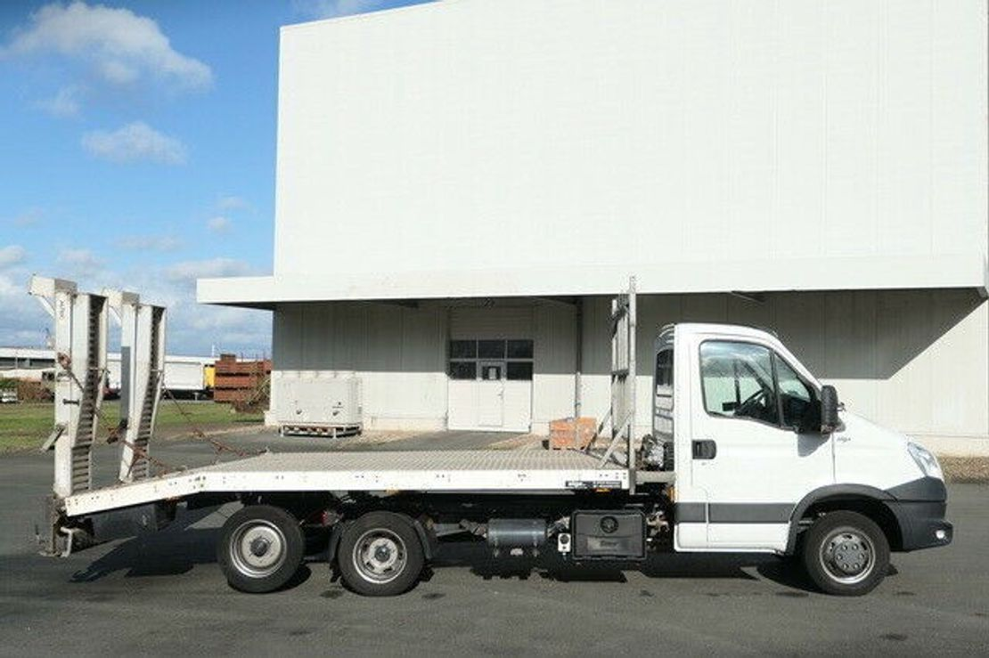 takelwagen-bergingswagen-vrachtwagen Iveco 40C35 HMT/X-Tension/Tieflader/Rampe 2014