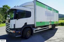 bakwagen vrachtwagen Scania P94 box truck w / full side opening and lift 2004