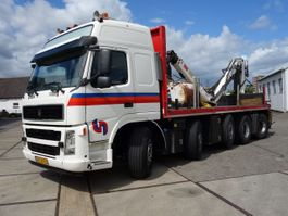 open laadbak vrachtwagen Volvo terberg 2850 met kraan en rijfunctie op kraan 2010