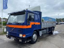 kipper vrachtwagen Volvo FL 7 4X2 1990