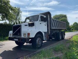 kipper vrachtwagen > 7.5 t Volvo N 10 6X4 FULL STEEL BIG AXLE 1984