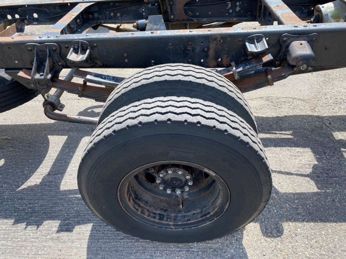 chassis cabine vrachtwagen Toyota HINO FULL STEEL SPRING MANUAL 1993
