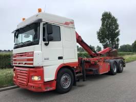 containersysteem vrachtwagen DAF XF 105 DAF 460 6x2 Q170Z Epsilon laadkraan + container system 2012