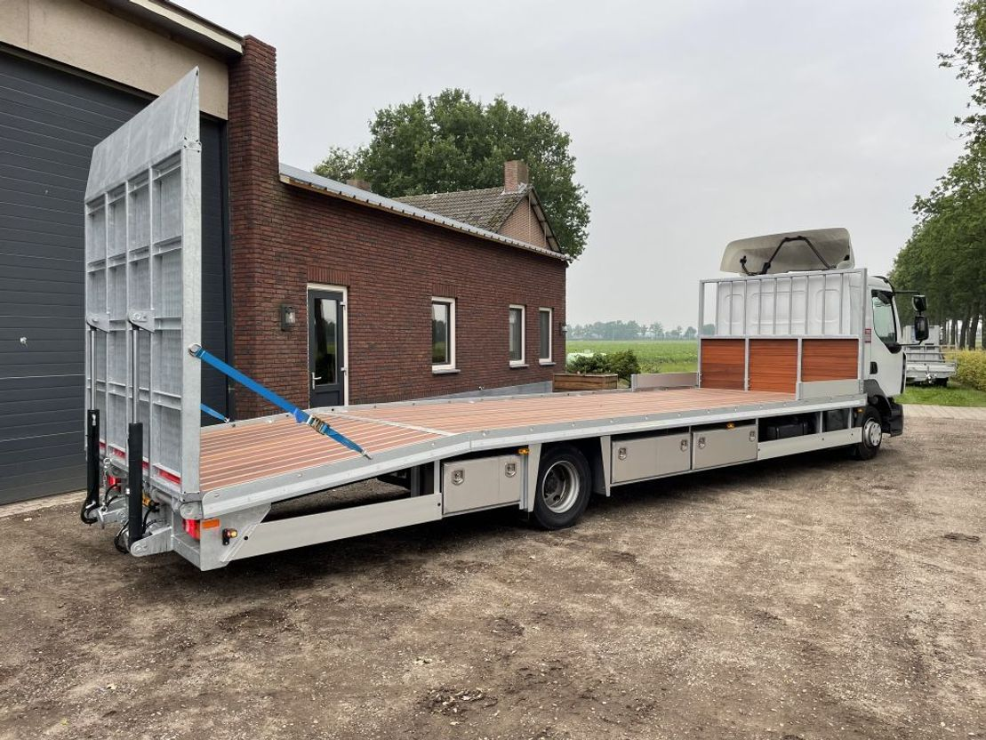 autotransporter vrachtwagen Renault D240 Oprijwagen Machinetransporter 8,60 meter laadbak EURO 6 2014