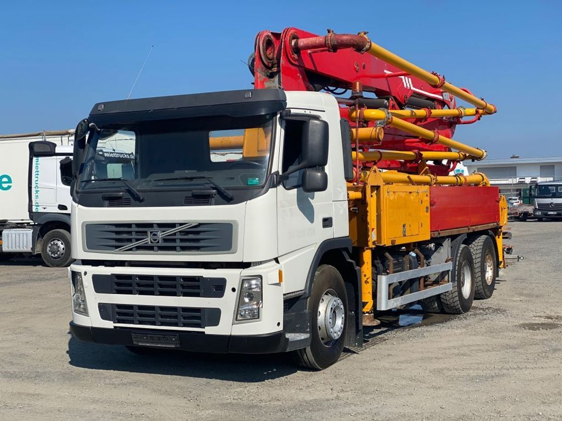 betonpomp vrachtwagen Volvo FM400 - Sany 28m - Euro5 2012