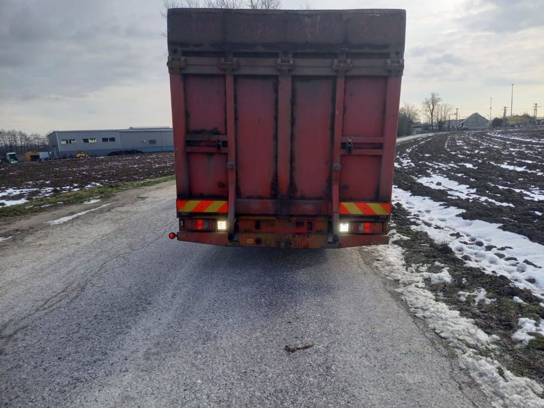 takelwagen-bergingswagen-vrachtwagen Mercedes-Benz Atego 1524 2007 car transport