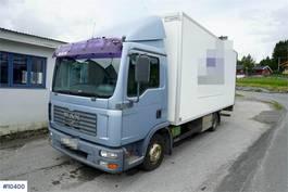 bakwagen vrachtwagen MAN TGL 8 4x2 Box truck w/ lift 2005